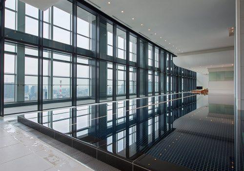 Andaz Tokyo Review - Andaz AO SPA pool 20 meter