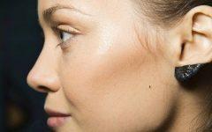 Ear Make-Up